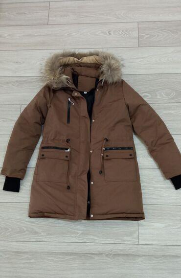 Женская куртка-парка, мех натуральный, длина средняя, состояние почти