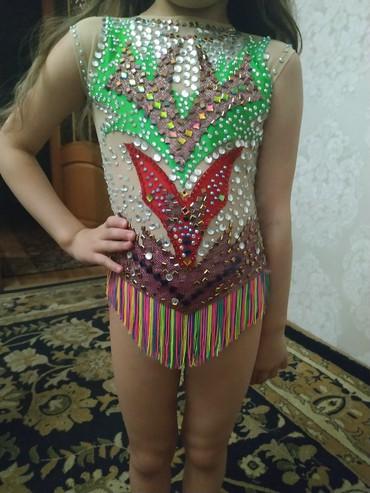 купальники-для-гимнастики в Кыргызстан: Купальник для художественной гимнастики на 4-5 лет. Прокат 999сом