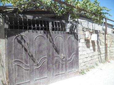 Bakı şəhərində Bineqedi Qesebesinde - yeni temirden cixmish 3 otaqli ferdi