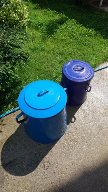 Kuća i bašta - Zajecar: Emajlirane kante od 50 I 25 L