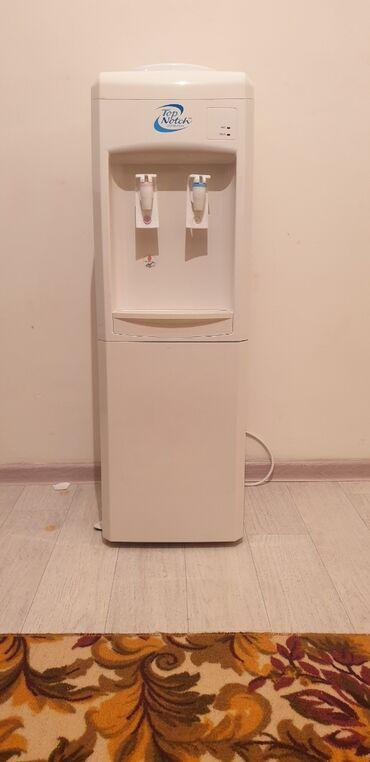 Купить цистерну для воды - Кыргызстан: Продаю диспенсер б/у .  Цвет: белый