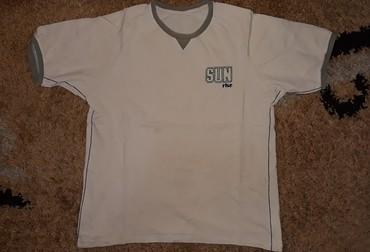 Muška majica M veličina - Loznica