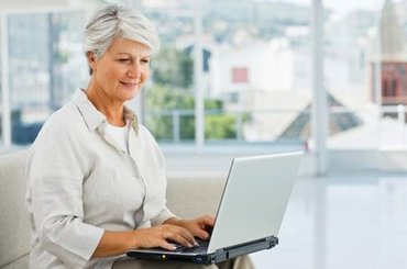 требуются женщины от 45 до 65 лет в бухгалтерский отдел в компанию в Бишкек
