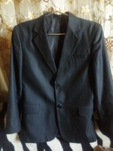 Два пиджака на подростка.и брюки в Бишкек