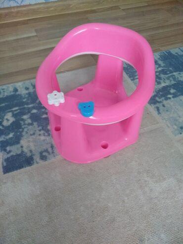 детский деревянный стул купить в Кыргызстан: Детский стульчик для купания в очень хорошем состоянии