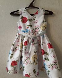 """Платье -""""Monsoon"""". Размер 4-5 лет.Пышный низ с подкладом. Покупали в"""
