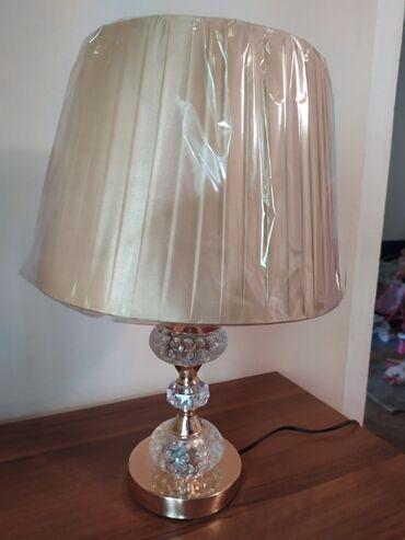 Настольная лампа, абажур, новая в защитной пленке. Высота 42 см