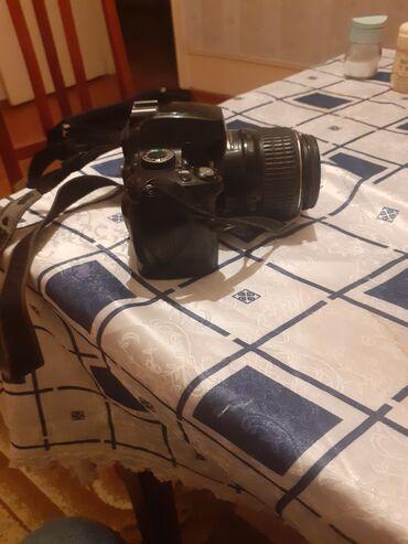 Nikon D-60