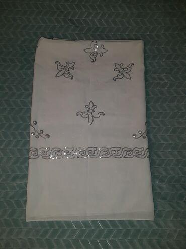 Шикарный белый платок носили несколько раз, состояние идеальное