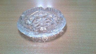 продаю тяжелую пепельницу богемия, не пользованная  в Бишкек