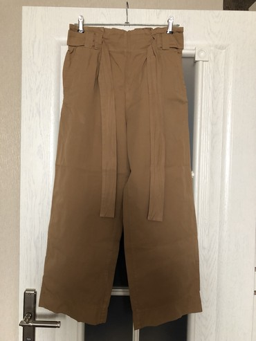 детские демисезонные брюки в Азербайджан: Новые брюки.Своя цена коричневых-65 манат,но продаю за 30