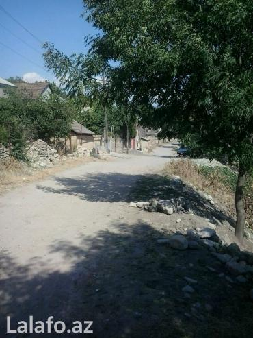 Şamaxı şəhərində şamaxı rayonu Melhem kəndində 12 sot torpaq satılır. Kəndin içidir. Ba