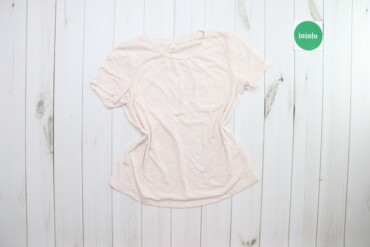 Жіноча футболка DF Young, p. M    Довжина: 59 см Ширина плечей: 36 см