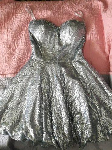 Haljina st - Srbija: Svecana haljina jako lepo stoji kao sto se vidi na slikama
