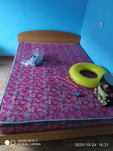 Односпальные кровати - Кыргызстан: Кровать полуторка, состояние норм. Находится в алтын Ордо по горького