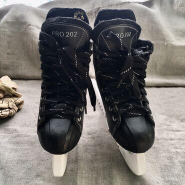 Коньки - Кыргызстан: Продаю коньки хоккейные Cliff с хорошей скидкой • размер: 34-35 защита