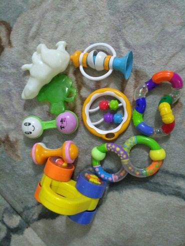 Детские игрушки ,все целое. Погремушки в Бишкек