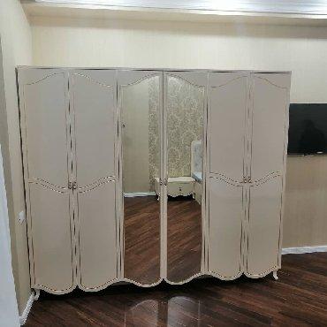 Mebeller yataq otağı mebeli yenidir müştəri evində çəkilmiş fotodur