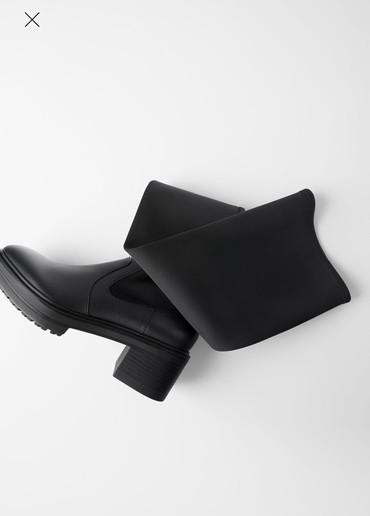 Продаю крутые Ботфорты, 39 размер ( размер не подошел) Zara, привезли