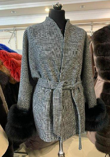 женские бесшовные бюстгальтеры в Азербайджан: Женское пальто с натуральным мехом песца. Под заказ