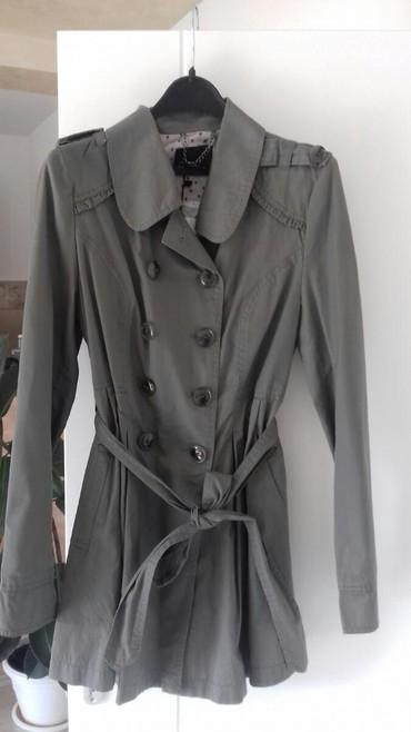 Pantalone boja maslinasto zelena kvalitetne super meka - Srbija: Ženski mantil,nov,maslinasto zelena boja,veličina M