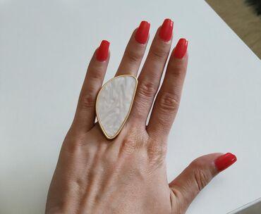 Guess-tasna-o-do - Srbija: Prelep prsten, samo ga nikada do sad nisam kombinovala