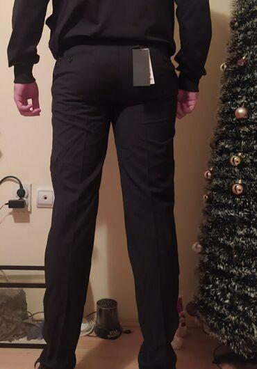 Pantalone sa na - Srbija: S.Oliver muske pantalone.Nove,original,sa etiketom. cena na etiketi
