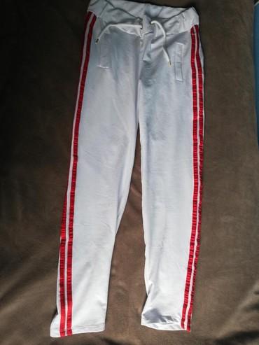 Pantalone-nisu-italiji - Srbija: Pantalone, nisu nošene, M veličina