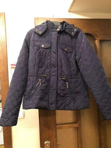 зимние развлечения в Азербайджан: Куртки брендовые зимние и осенние женские состояние хорошее, цнна