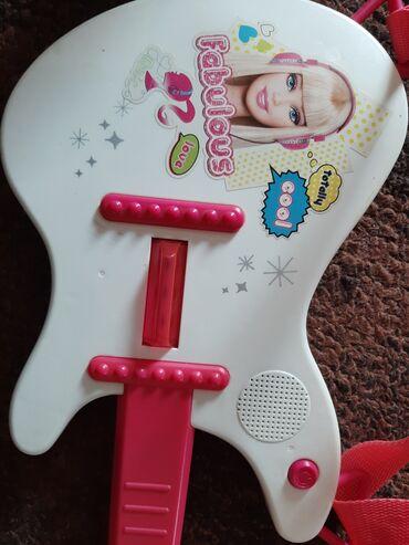 Za decu   Krusevac: Original Barbie gitara