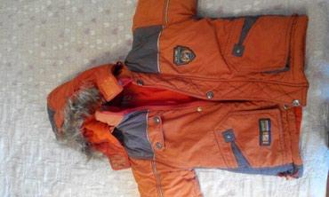 Тёплая зимняя куртка на 3-5 лет. В в Бишкек