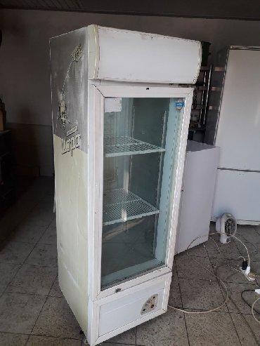 Оборудование для бизнеса в Кок-Ой: Продаю витринный холодильник. Работает отлично