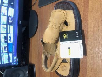 Продаю сандалииРазмер: 40 (маломерки больше к 39 подходит)Цвет