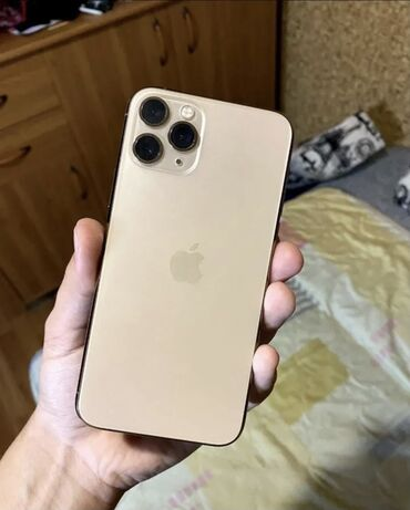 iphone 11 pro цена ош in Кыргызстан   APPLE IPHONE: IPhone 11 Pro   64 ГБ   Золотой Б/У   Отпечаток пальца, Face ID, С документами