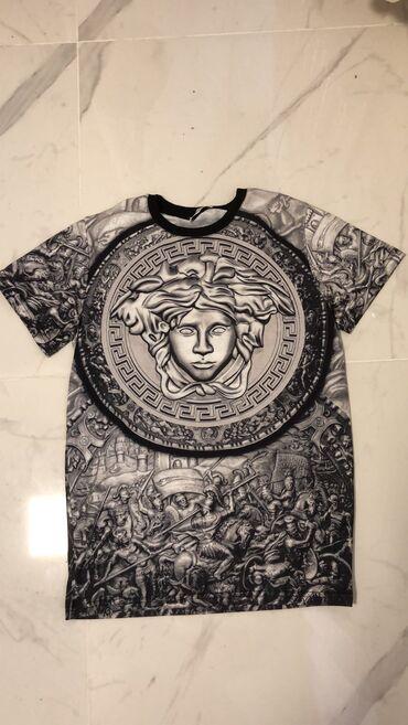 Cetiri majice - Srbija: Versace original majica iz Palermas-veličinaMade in ItalyMuška