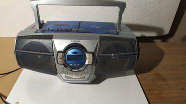 Радио Samsung Кассетное / дисковое.Очень дёшево. Состояние хорошее