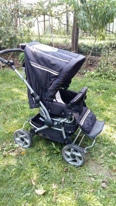 Kolica za bebe - Srbija: Decija kolica sa nosiljkom. Rucka se pomera napred i nazad naslon