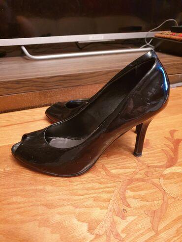 Продаю туфли лаковые, лодочки! Покупали в Германии. Состояние хорошее!