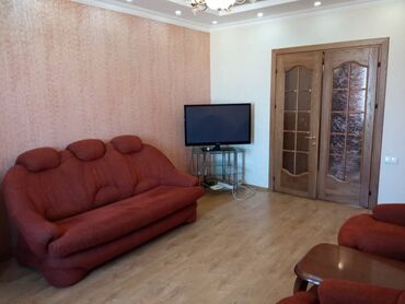 куплю 3 х комнатную квартиру в бишкеке в Кыргызстан: Сдается квартира: 3 комнаты, 70 кв. м, Бишкек