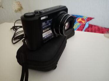 Sony(420 dollara alinib. yeni kimidi. 16.1 mp. Sweep panorama. Hd