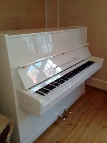 Xırdalan şəhərində Krem rengde model pianinolar
