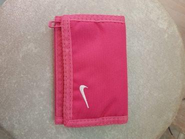 Torbe | Srbija: Nike novcanik original,roze boje,bez tragova nosenja