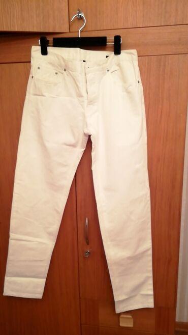 Kişi Geyimləri - Azərbaycan: Продаю мужские джинсы Benetton куплены в Дубае, цена окончательная, бе