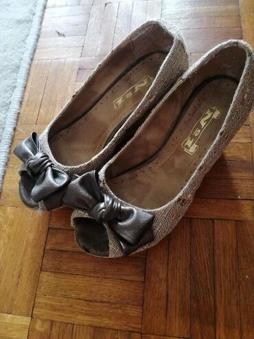 Ženske Sandale i Japanke - Bor: Letnje cipelice sa punom petom jako stabilne i udobne broj 38. Nisu