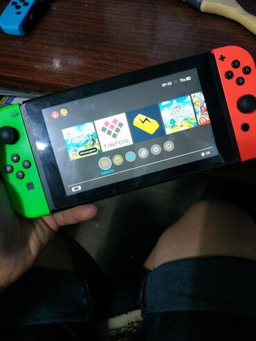Nintendo Switch - Кыргызстан: Продаю nintendo switch прошитый флешка 128 Гб полный комплект