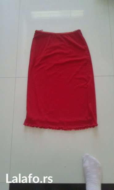 Boja-crvena - Srbija: Suknja crvena boja univerzalna velicina sa puno lasteksa