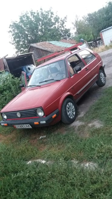 Volkswagen Golf 1984 в Бишкек