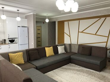 мичуринский квартал бишкек цены в Кыргызстан: Продается квартира: 4 комнаты, 110 кв. м