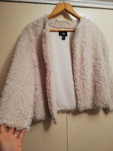 Накидка от H&M, цвет бежевый, одевала пару раз, чистое, мытое