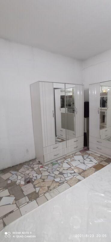 Продаю спальный гарнитур шкаф отдельно 18000 сом комплект 40000